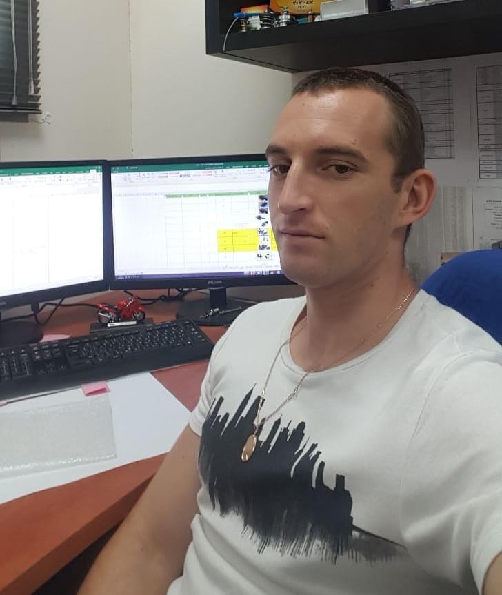 אלכס זיריאנסקי – בקרים מתוכנתים