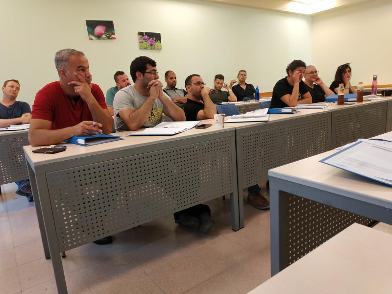 פתיחת קורס תפ``י וניהול הייצור והתפעול במכללת ארז